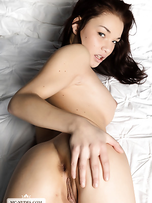 MC-Nudes  Nici Dee  Beautiful, Erotic, Softcore, Legs, Teens, Young, Solo