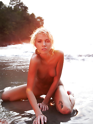 Errotica-Archives  Lilly  Flashing, Erotic, Softcore, Beach, Public Nudity